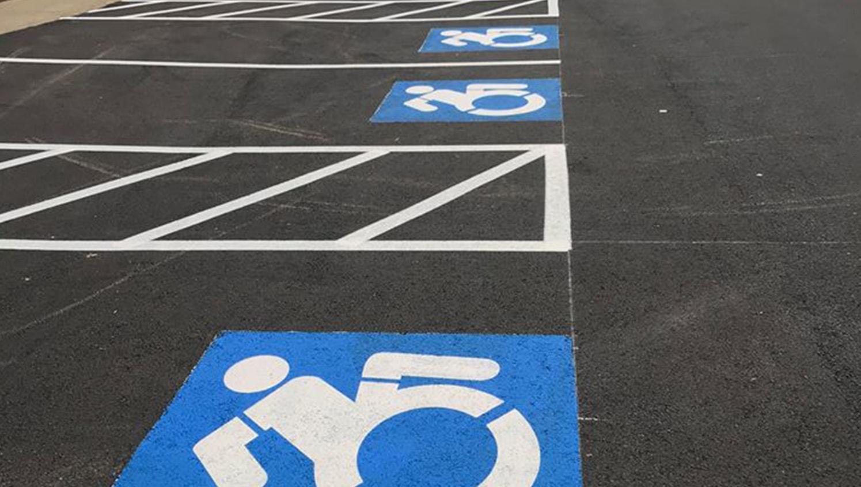 ada parking stall pavement markings